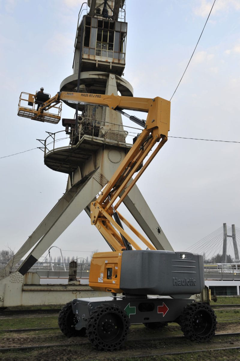 ha26 rtj pro diesel boom lift sterling access image 01 - HA26 RTJ PRO - Diesel Articulating Boom Lifts For Hire