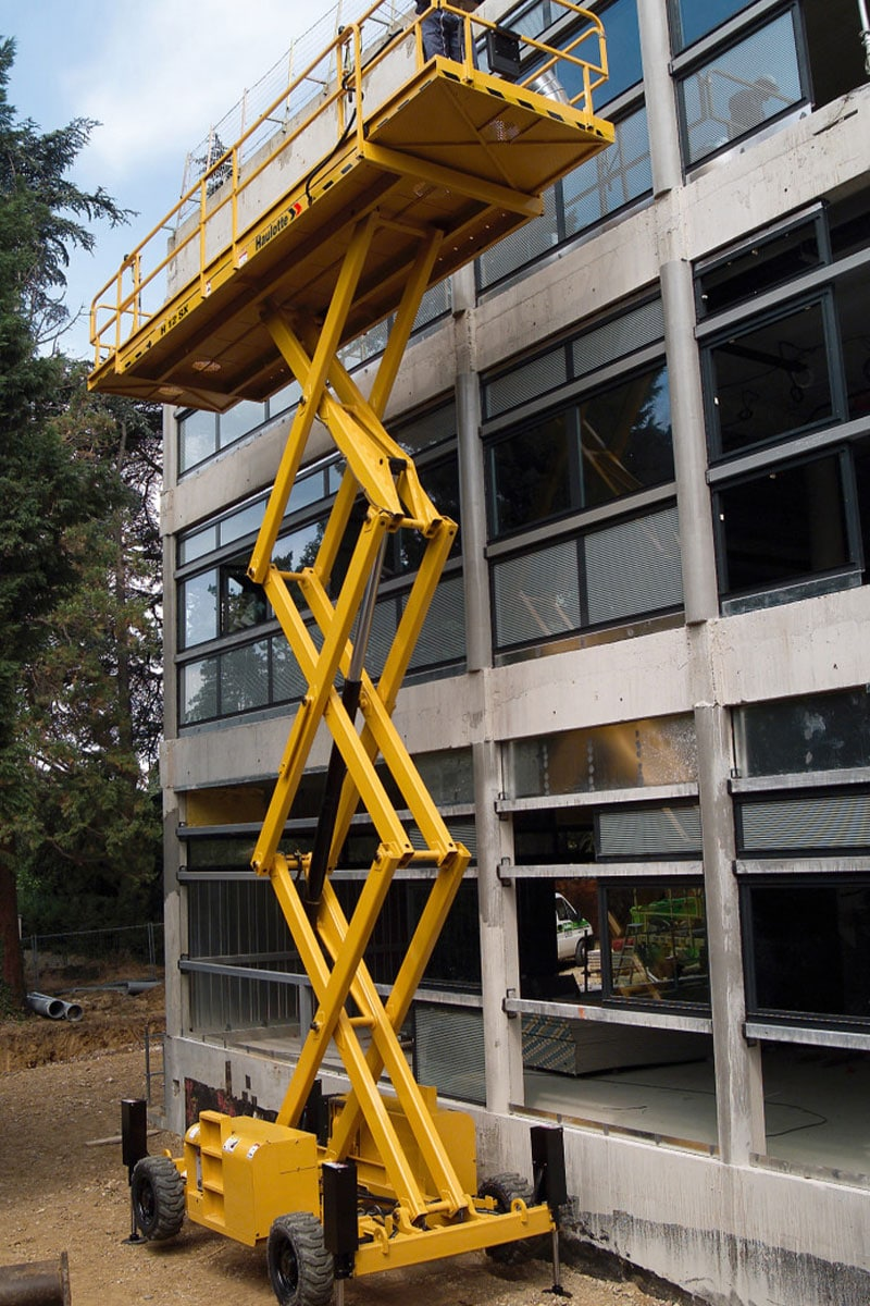 sterling access h12 sx diesel scissor lift for hire image 02 - H12 SX - Diesel Scissor Lift For Hire